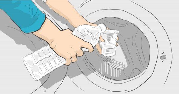 ¿Las manchas en tu ropa se resisten a todo intento de lavado? Agrega un poco de vinagre…