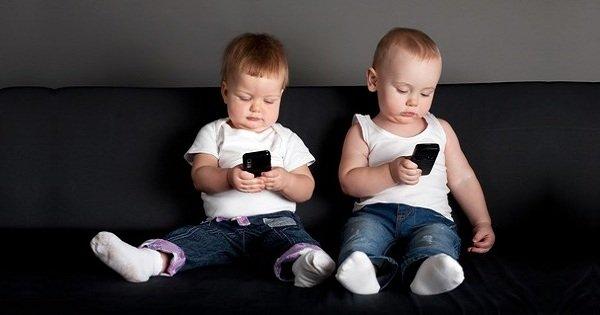 ¿Por qué los niños deben estar alejados de los dispositivos inteligentes? ¡Todos los padres deben saber esto!
