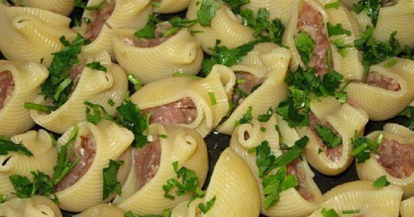 Conchiglioni rellenos de carne picada con la salsa de Bechamel: ¡Es la mejor pasta que he probado!