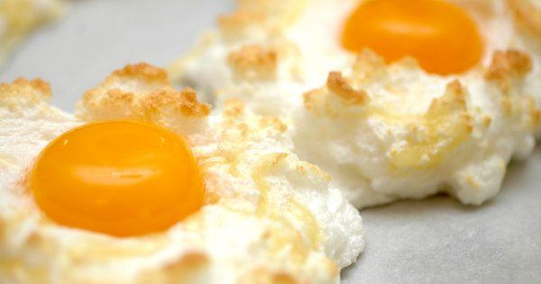Huevos «Orsini»: un plato muy sabroso y no banal. ¡Una verdadera tarta de huevos!