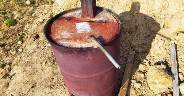 Ingenioso producto casero para reutilizar un viejo barril: Un incinerador de basura