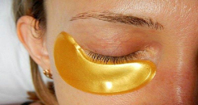 Como rápidamente en la casa las condiciones de arreglar las bolsas en los ojos