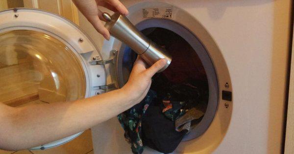 Cuando vayas a lavar, agrégale un poco de pimienta negra a la lavadora… ¡Te sorprenderás con el resultado!