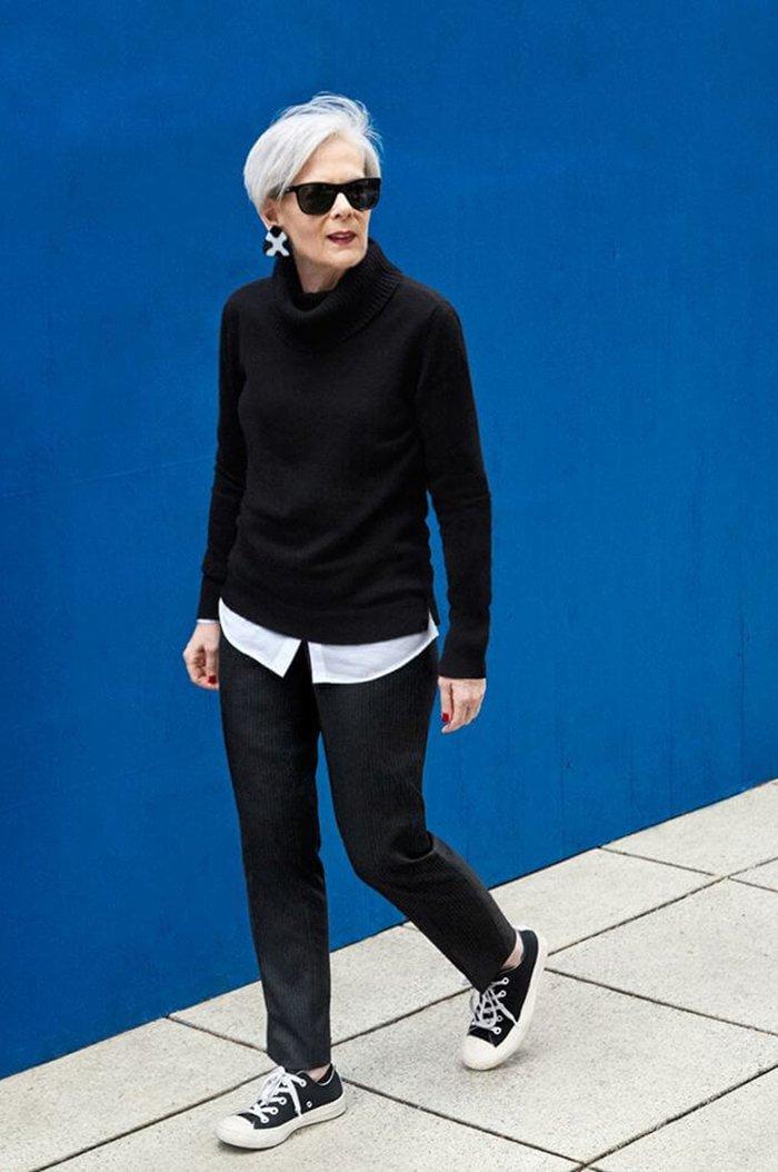 1a0867d3b6a ... encima de la cual pueden llevar un suéter de color entero, con unos  pantalones con estilo. Todos estos accesorios correctamente seleccionados  te harán ...