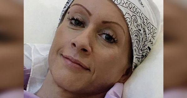 A esta madre de 41 años le detectaron un cáncer terminal. ¡En su ayuda llegó la esposa de su ex marido!