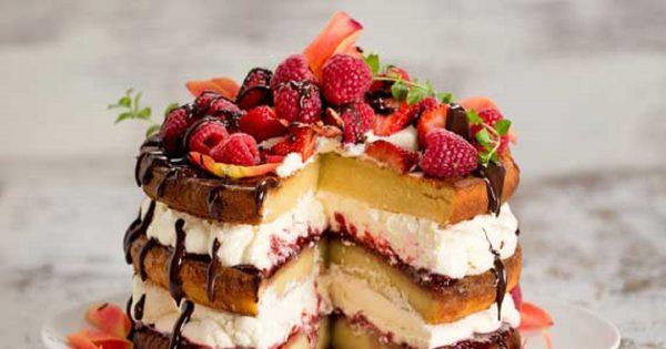Aprende cómo se hace «VAINILLA Layer Cake» – la cortesía de Carolyn Hartz, la asombrosa mujer de 70 años.